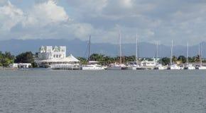Cenário da margem em torno de Cienfuegos Fotografia de Stock