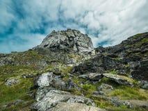 Cenário da montanha e do céu Fotos de Stock Royalty Free