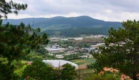 Cenário da montanha em montanhas de Dalat em Vietname Fotografia de Stock Royalty Free