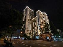 Cenário da noite de Qingdao de construções velhas imagens de stock royalty free