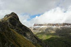 Cenário das montanhas - dolomites - os cumes italianos Foto de Stock