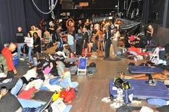 Cenário de bastidores de uma competição do halterofilismo e da aptidão Imagem de Stock