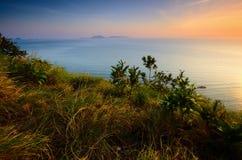 Cenário de Bukit Keluang em Terengganu, Malásia durante o nascer do sol imagens de stock royalty free