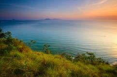 Cenário de Bukit Keluang em Terengganu, Malásia durante o nascer do sol fotografia de stock