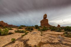 Cenário do deserto do parque nacional dos arcos no outono Fotos de Stock