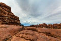 Cenário do deserto do parque nacional dos arcos no outono Imagens de Stock