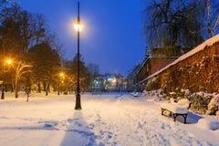 Cenário do inverno do parque nevado em Gdansk Imagens de Stock Royalty Free