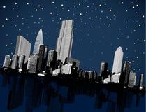 Cenário escuro da arquitetura da cidade do panorama colocado no ângulo Imagem de Stock Royalty Free