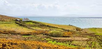Cenário litoral em Connemara imagens de stock