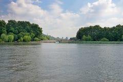 Cenário ocidental do lago Imagens de Stock Royalty Free