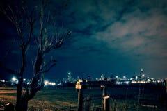 Cenário urbano da área deserta da fábrica de aço em Chicago urbana imagens de stock royalty free