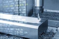 A cena abstrata da máquina de trituração do CNC de 3 linhas centrais e dos dados do G-código fotografia de stock