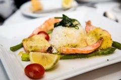 Cena asada del camarón con arroz Imagen de archivo