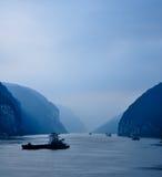 Cena azul do rio no rio do yangze Fotografia de Stock Royalty Free