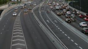 Cena borrada do tráfego urbano Barcelona video estoque