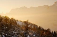 Cena calma da montanha na tarde Foto de Stock Royalty Free