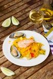 Cena con paella de los mariscos Fotos de archivo libres de regalías