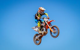 Cena da ação de Dirtbike do motocross Fotografia de Stock Royalty Free