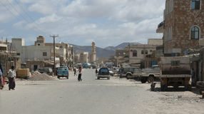 Cena da estrada principal, pessoa nativo do socotran, Hadiboh, Socotra, Iémen, 2/18/14 fotografia de stock royalty free