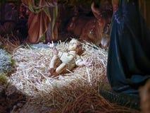 Cena da natividade do Natal representada com as estatuetas de Mary, Jo Fotografia de Stock Royalty Free