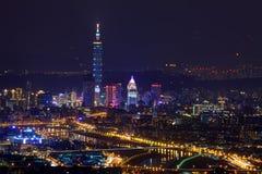 Cena da noite da cidade de Taipei Foto de Stock Royalty Free