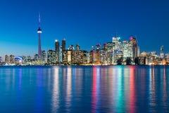 Cena da noite de Toronto do centro Fotografia de Stock Royalty Free