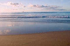 Cena da praia Imagens de Stock