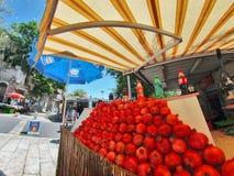 Cena da rua da cidade de Nazareth Fotos de Stock Royalty Free