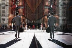 Cena da rua das reflexões de Manhattan Imagem de Stock Royalty Free