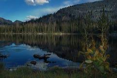 Cena das montanhas de Uinta - lagos imagens de stock