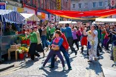 Cena de Bollywood no mercado do vegetal de Dublin Imagem de Stock Royalty Free