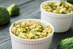 Cena de Dilicious - bróculi y queso cocidos Fotografía de archivo