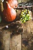 Cena de la acción de gracias en la madera Imagen de archivo