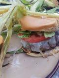 Cena de la hamburguesa fotos de archivo libres de regalías