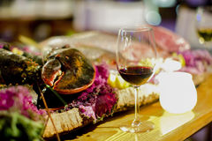 Cena de la langosta con la copa de vino Fotos de archivo