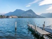 Cena de Lugano do lago em Suíça Fotografia de Stock Royalty Free