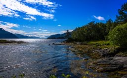 Cena de Serene Scandinavian Fjord Fotografia de Stock