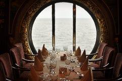 Cena del barco de cruceros Fotografía de archivo libre de regalías