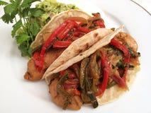 Cena del mexicano de los Fajitas del pollo Foto de archivo libre de regalías