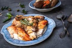 Cena del pollo dei rosmarini Fotografia Stock Libera da Diritti