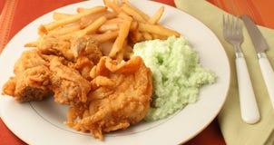Cena del pollo frito fotografía de archivo libre de regalías