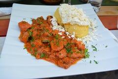 Cena deliziosa in Brashov, Romania fotografie stock
