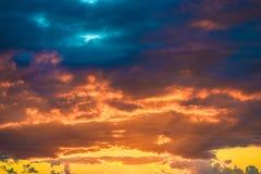 Cena do céu do amanhecer da montanha da paisagem Foto de Stock Royalty Free