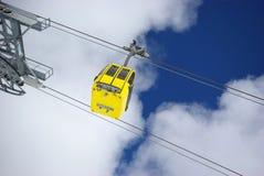 Cena do inverno, elevador de esqui Fotografia de Stock