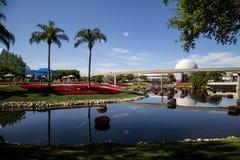 Cena do lago no parque temático de Epcot em Florida imagem de stock