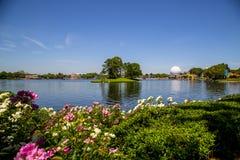Cena do lago no parque temático de Epcot em Florida fotografia de stock