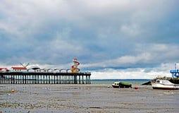 Cena do mar na baía Kent England de Herne imagem de stock