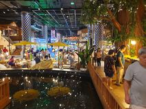 Cena do mercado interno da água imagens de stock