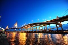 Cena do panorama da ponte de suspensão fotografia de stock