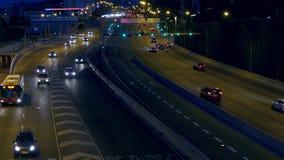 Cena do tráfego urbano da noite Barcelona video estoque